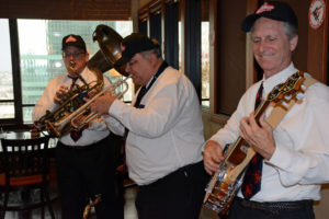 Guests were serenaded with some live Dixieland jazz at the party.